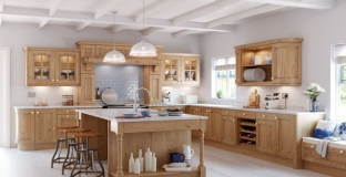 Avonlea Oak kitchen, Tyrone Mid Ulster NI Traditional Kitchens